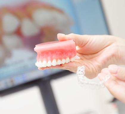 抜歯・非抜歯での矯正について